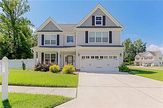 445 Rose Garden Ln, Chesapeake, VA 23320