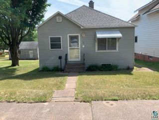 1204 103rd Ave W, Duluth, MN 55808