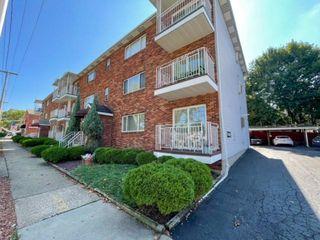 320 Sims St #6, Ellwood City, PA 16117