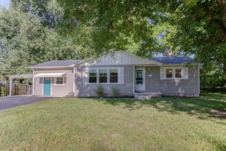 113 N Bend Dr, Fairview Heights, IL 62208