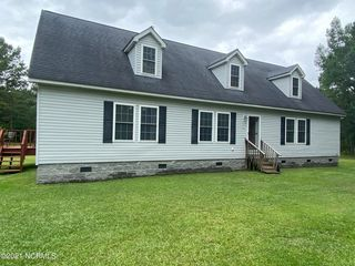 4145 Blueberry Rd, Currie, NC 28435