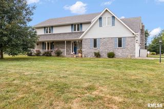 1397 Exeter Ct, Tremont, IL 61568