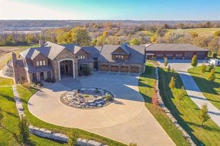 1300 N Bill Johnson Rd, Independence, MO 64056