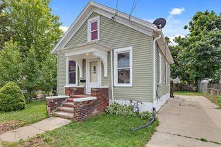 1613 Hamilton St, Racine, WI 53404