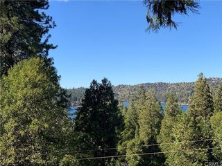 101 State Highway 173, Lake Arrowhead, CA 92352