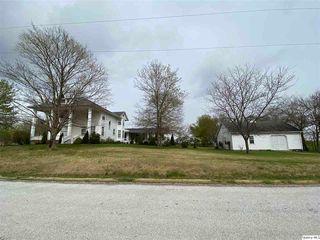 403 S Augusta Rd, Clayton, IL 62324