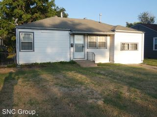 1043 S Richmond Ave, Wichita, KS 67213