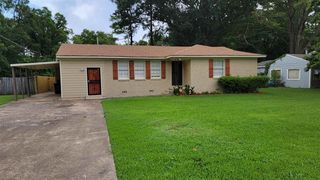 1710 Carlyle Rd, Memphis, TN 38127