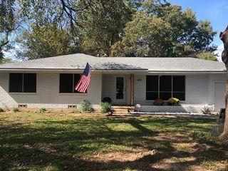 604 S Magnolia St, Pottsboro, TX 75076