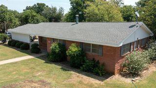 606 Hinkson Ave, Strawn, TX 76475