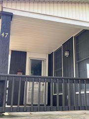 47 School St, Mechanicsburg, OH 43044