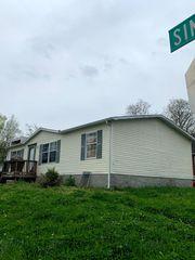 1715 Simpkins St, Nashville, TN 37208