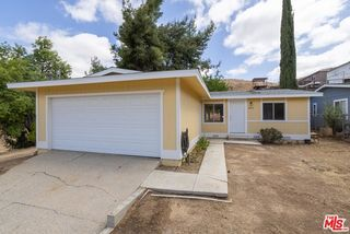 29615 Cromwell Ave, Val Verde, CA 91384