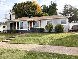 1900 NE Morgan St, Portland, OR 97211