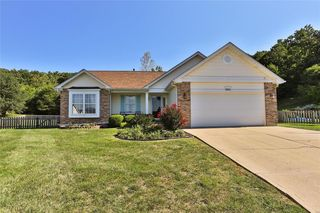 2001 Grants Valley Ln, Imperial, MO 63052