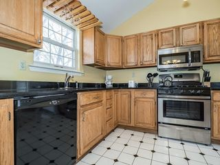 Address Not Disclosed, Fords, NJ 08863
