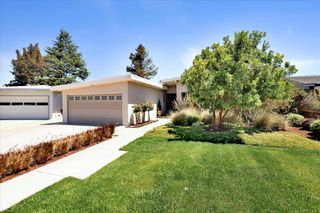 2323 Holland St, San Mateo, CA 94403