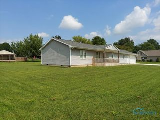 302 W 10th St, Sycamore, OH 44882