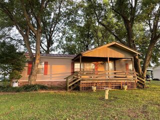 439 Lakehall Rd, Lake Village, AR 71653