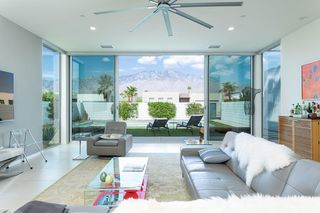 656 Cache Ln, Palm Springs, CA 92262