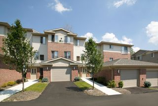 2250 Par Ln, Willoughby Hills, OH 44094