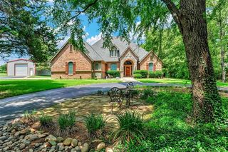 214 Reeves Rd, Pottsboro, TX 75076