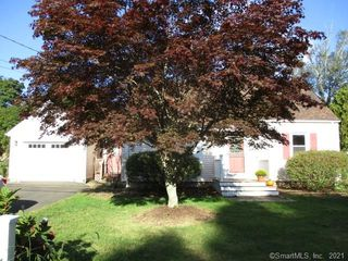 19 Toole Dr, Branford, CT 06405