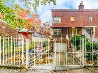 1711 Mansion St, Bronx, NY 10460
