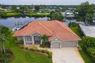 52 Windsor Dr, Englewood, FL 34223