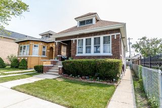 5831 S Troy St, Chicago, IL 60629