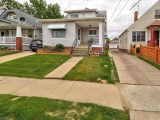 10901 Dale Ave, Cleveland, OH 44111