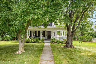79 Tomac Ave, Old Greenwich, CT 06870