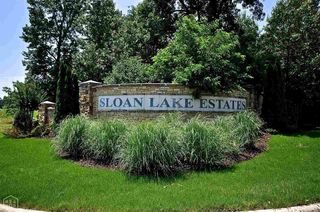 2076 Sloan Lake Dr, Jonesboro, AR 72404