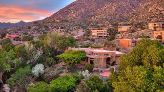 24 Sandia Heights Dr NE, Albuquerque, NM 87122