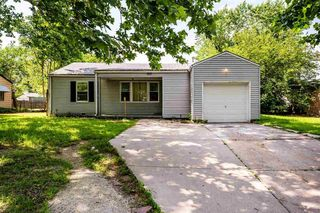 2933 E Evans St, Wichita, KS 67216