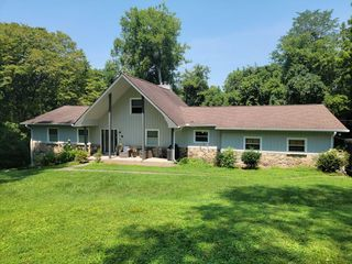 617 Rebel Rd, Old Hickory, TN 37138