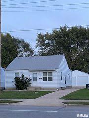 2464 S 11th St, Springfield, IL 62703
