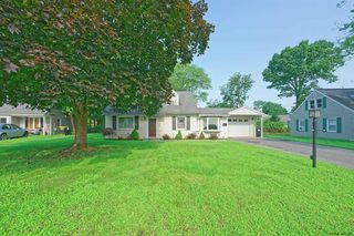 1082 Inner Dr, Schenectady, NY 12303