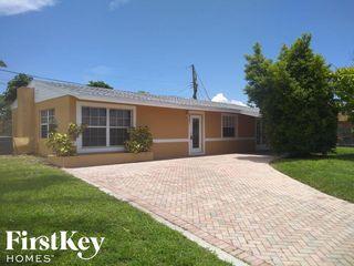 6321 SW 17th St, Pompano Beach, FL 33068