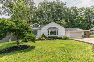 5700 Brookside Rd, Independence, OH 44131