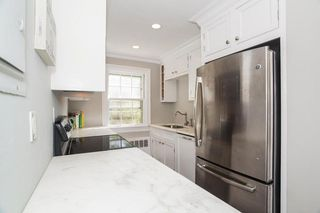 232 Park St #16S, New Canaan, CT 06840