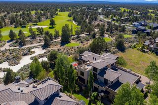 65651 Swallows Nest Ln, Bend, OR 97701
