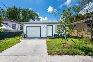1564 NW 69th St, Miami, FL 33147