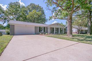 1025 Cla Terrace Ri Dr, Ballwin, MO 63011