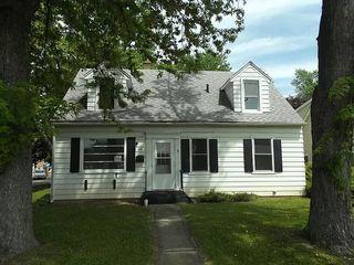 281 N Slusser St, Grayslake, IL 60030