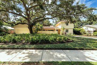1752 North Dr, Sarasota, FL 34239