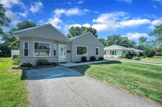 194 Hawthorne Dr, Painesville, OH 44077