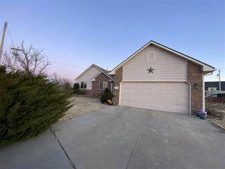 115 W Garfield Ave, Greensburg, KS 67054