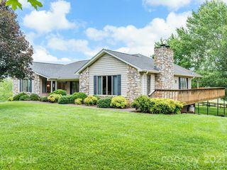 125 Greenridge Rd, Weaverville, NC 28787