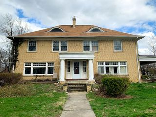 3216 Euclid Heights Blvd, Cleveland Heights, OH 44118